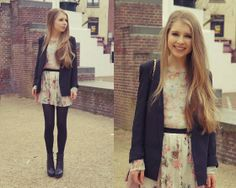 Floral madness (by Rachella K.) http://lookbook.nu/look/3304153-Floral-madness