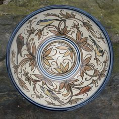 Hand painted stoneware from Czech Republic  http://podbrdskakeramika.cz/