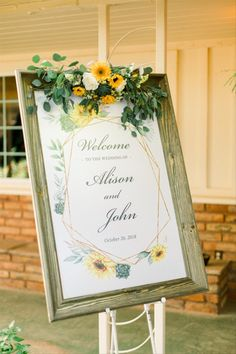 sunflower themed wedding welcome sign in wooden frame Fall Sunflower Weddings, Sunflower Wedding Centerpieces, Sunflower Wedding Invitations, Wedding Flower Arrangements, Wedding Decorations, Sunflower Bridesmaid Bouquet, Bridal Bouquet Fall, Wedding Bouquets, Floral Wedding