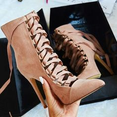 Mauve Ribbon Lace Ups