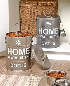 Keep your dog's or cat's treats or toys stored in style with a Sentiment Pet Food Pail. The front has a sweet sentiment and an icon relating to your pet. The pa