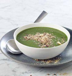 Soupe de mâche et crumble aux lardons Calories, C'est Bon, Vinaigrette, Palak Paneer, Soup Recipes, Lunch, Ethnic Recipes, Food, Tips