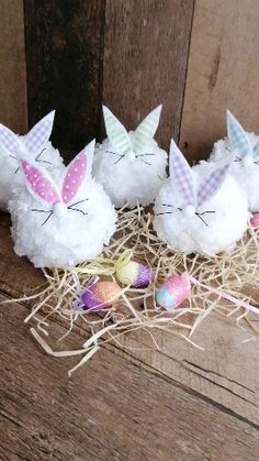 ,easter craft ideas Easter gnomes, spring gnomes, bunny gnomes, gnome diy projects knitting bags for beginners videos Diy Gifts For Kids, Easter Crafts For Kids, Easter Gift, Diy Christmas Gifts, Holiday Crafts, Craft Stick Crafts, Diy Crafts, Diy Osterschmuck, Diy Ostern