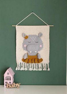 Nursery Wall Decor, Nursery Bedding, Nursery Room, Crochet Wall Hangings, Room Tapestry, Crochet Tools, Baby Room Diy, Fox Pattern, Cat Wall