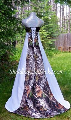 Find great deals on for camo wedding dress and mossy oak dresses in Wedding Dresses. Redneck Wedding Dresses, Camo Wedding Rings, Cowgirl Wedding, Pretty Wedding Dresses, Wedding Dress Pictures, Country Wedding Dresses, Wedding Gowns, Shotgun Wedding, Country Weddings
