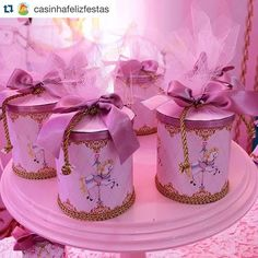 1 million+ Stunning Free Images to Use Anywhere Carousel Birthday Parties, Carousel Party, Circus Birthday, Circus Party, Birthday Party Decorations, Cute Candles, Twin First Birthday, Baby Favors, 1st Birthdays
