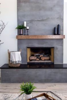 33 Gorgeous Unique Fireplace Ideas Best For This Winter - There are some really great fireplace ideas that come to us when we use our imaginations. Most people think of wood mantels and brick designs.Informations About 33 Gorgeous Unique F Wood Mantle Fireplace, Family Room Fireplace, Concrete Fireplace, Fireplace Remodel, Fireplace Mantle, Fireplace Surrounds, Fireplace Design, Fireplace Ideas, Wood Mantels