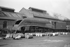 Withdrawn 60005 'Sir Charles Newton' round the back of Aberdeen Ferryhill shed in 1964 Steam Trains Uk, Tube Train, Old Wagons, Steam Railway, Abandoned Train, British Rail, Train Pictures, Steam Engine, Steam Locomotive
