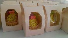 Colorfull Wedding Cupcakes , Rimini Italy (Italia)-cupcakes colorati per matrimonio #segnaposto #colored# purple #viola #violet #green #verde acido #pink #rosa tortini decorati #gift #weddin gift