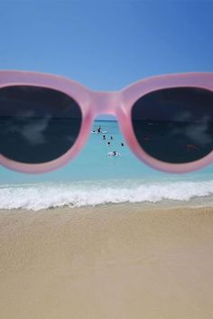 Perfectly pink. The TRAVELER by TOMS sunglasses make every day feel like summer at the beach.