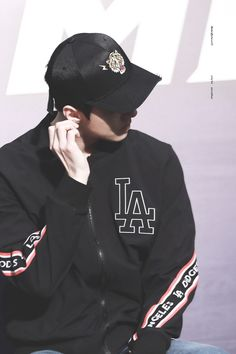 [HQ] 180323 Sehun at MLB Event
