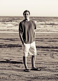 Senior pictures, boys, beach, black and white