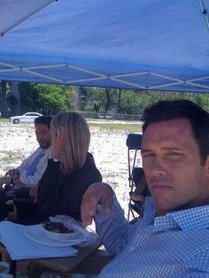 Jeffrey Donovan, Katherine LaNasa & Michael Weston on the set of #BurnNotice