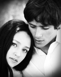 Olivia Hussey and Leonard Whiting Hollywood Actor, Hollywood Glamour, Tv Actors, Actors & Actresses, William Shakespeare, Zeffirelli Romeo And Juliet, Juliet Movie, Leonard Whiting, Olivia Hussey