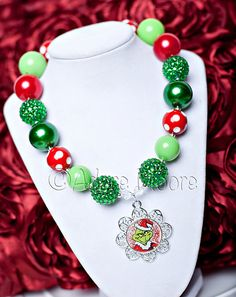 Picture Credit: www.MyLife-Photography.com    This listing is for one adorable chunky bead necklace. Chunky Necklaces are the current trend