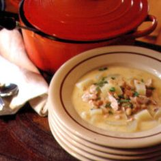 I used to have this at my favorite restaurant in the northern lower peninsula of Michigan; The Brown Trout, Indian River, sadly closed. Simple ingredients and the freshest fish make this chowder a winner. Chowder Recipes, Seafood Recipes, Soup Recipes, Seafood Dishes, Fish Recipes, Baking Recipes, Recipies, Fish And Meat, Fish And Seafood
