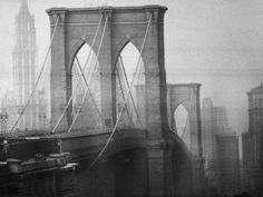 New York City's Brooklyn Bridge During a Bleak Afternoon