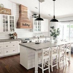 Kitchen ideas in 2019 farmhouse style kitchen, farmhouse kitchen decor, hom Farmhouse Kitchen Island, Modern Farmhouse Kitchens, Cool Kitchens, Farmhouse Decor, Kitchen Islands, Farmhouse Interior, Country Decor, Kitchen Modern, Kitchen Country