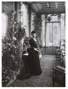 The first world war put an end to these happy times but in 1919, now exiled from Russia, the Dowager Empress made the villa her home and Hvidøre became a court in exile. In 1920 she was joined by her younger daughter Olga and her family, who all lived at Hvidøre, not always happily, until the Empress's death in 1928.