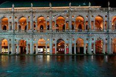 http://divisare.com/projects/303854-patricia-urquiola-cosmo-laera-il-museo-del-gioiello-di-vicenza