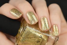 Empire - Gold Holographic Nail Polish Metallic Nail Polish, Holographic Nail Polish, Gold Polish, Acrylic Nails, Christmas Manicure, Holiday Nails, Fall Manicure, Manicure Ideas, Prom Nails