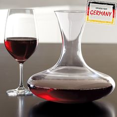 Schott Zwiesel Diva Decanter. The Diva collection is the most complete line offered by Schott Zwiesel. Designed by professionals, this decanter is completely dishwasher safe and will not etch, cloud, or discolor for the life of the glass.