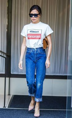 Ever since her New York Fashion Week show, Victoria Beckham has had a new casual style. Click here to see her 3 amazing denim outfits!