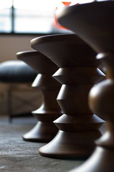 Eames Walnut Stools - they look like giant chess pieces Modern Industrial, Mid-century Modern, Industrial Industry, Industrial Design, Classic Furniture, Modern Furniture, Furniture Decor, Furniture Design, Eames Furniture