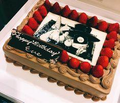 Eve Music, Birthday Eve, Vocaloid, Pop Idol, Anime Neko, Food, Drawing Ideas, Singers, Japanese