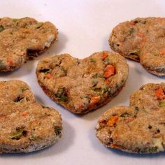 What more you can customize your canine biscuits to perform certain jobs like flea-prevention or breath refreshing as well. Here are five great recipes you can utilize to produce some basic yet delicious pet biscuits for your pet. Pet Treats Diy, Puppy Treats, Homemade Dog Treats, Healthy Dog Treats, Dog Biscuit Recipes, Dog Treat Recipes, Dog Food Recipes, Cookie Recipes, Food Dog
