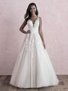 This tulle ballgown features a garden of blooms along the bodice. Try this wedding gown on at the Gown Gallery today! Luxury Wedding Dress, Perfect Wedding Dress, Dream Wedding Dresses, Bridal Dresses, Wedding Gowns, Bridesmaid Dresses, Lace Wedding, Prom Dresses, Forest Wedding