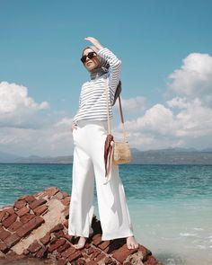 60 Ideas For Fashion Summer Hijab Casual – Hijab Fashion 2020 Hijab Fashion Summer, Muslim Fashion, Modest Fashion, Fashion Outfits, Ootd Fashion, Fashion Ideas, Fashion Women, Beach Fashion, Celebrities Fashion