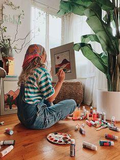 Painter Photography, Photography Poses, Art Hoe Aesthetic, Jolie Photo, Art Studios, Aesthetic Pictures, Art School, Art Inspo, Artsy