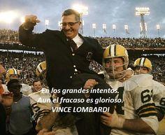 Vince Lombard -  Considerado como uno de los mejores entrenadores de fútbol americano de la historia. Ganador de los 2 primeros Super Bowls y luego la NLF nombró el trofeo del campeón con su nombre.