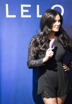#LeloLove : #LELO teamed up with #NewYork's most sophisticated boutique, #PleasureChest, to create a sexy and sensual #sextoy gallery called Discover the Colors of Love, that was revealed on Tuesday 14th July 2015 with a star-studded celebrity extravaganza. #PattiStanger