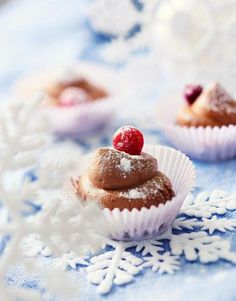 Espressosuupalat // Espresso Petit Fours Food & Style Taina Salovaara Photo… Christmas Candy, Christmas Time, Candy Cookies, Fudge, Panna Cotta, Cheesecake, Sweets, Baking, Ethnic Recipes