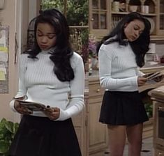 Black 90s Fashion, Fashion Tv, Fashion Outfits, Ashley Banks Outfits, Pretty Outfits, Cute Outfits, Fall Outfits, 2000s Fashion Trends, Movie Inspired Outfits