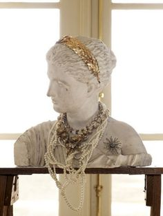 A bust to display/hold jewelry. I love this idea. I think I'll use Bach or mozart to make it funky. :)