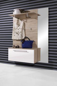 Bestel de stijlvolle wand hal combinatie in sonoma eiken en wit snel en veilig online bij Trendymeubels.nl. Hal combinatie Mariana wordt GRATIS en snel thuisbezorgd.