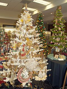 Victorian cotton batting Christmas tree ornaments, scrap paper ...