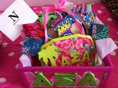 SO CUTE! Do a @Lilly Pulitzer crafts night!