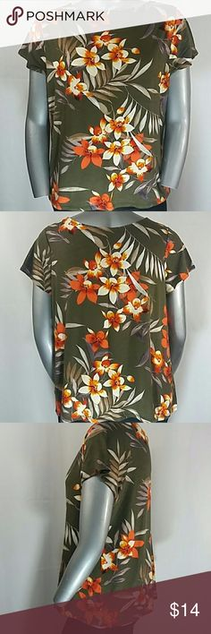 "Jungle Green Floral Cap-Sleeve Blouse, 2X Career casual, cap sleeve, army green blouse with flowers in red/orange and cream/beige;   Would look great under a sweater or blazer for cooler temps.  97% rayon, 3% spandex  25"" long, 46"" bust (Measurements are approx.)  2X Dress Barn. Dress Barn Tops Tees - Short Sleeve"