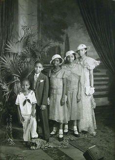 James VanDerZee  Group Portrait of Children, 1935
