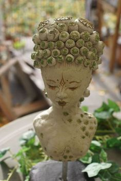 "Skulptur ""Mohnblütengöttin"" von Mandagora auf DaWanda.com"