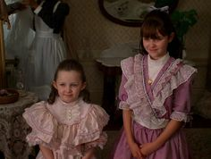 samantha an american girl holiday 1900s Fashion, Fashion Tv, Victorian Fashion, American Girl Outfits, 3 People Costumes, Movie Costumes, Anna Disney, American Girl Doll Samantha, Beautiful Costumes