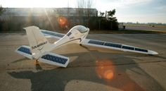 SolarWorld and PC-Aero will present together two new electric solar-powered aircrafts at the AERO Show in Germany. Electric Aircraft, E Electric, Solar Energy, Solar Power, Sun Lounger, Fighter Jets, Transportation, Aviation, Planes