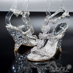 Handmade Leatherette Style Crystal Wedding ShoesWedding/ Party Shoes