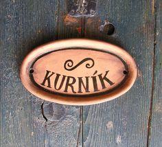 Cedulka+na+dveře+od+kurníku+Cedulka+na+dveře+od+kurníku:)+144x82+mm+Pálená+a+ručně+malovaná+keramika