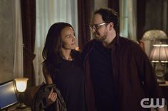 """Beauty and the Beast -- """"The Beast of Wall Street"""" -- Image Number: BB301A_0037 -- Pictured (L-R): Nina Lisandrello as Tess and Austin Basis as JT -- Photo: Ben Mark Holzberg/The CW -- © 2015 The CW Network, LLC. All rights reserved."""