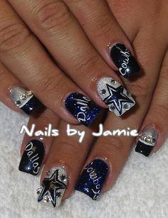 Dallas Cowboy Nails by Jamie Duffield Eugene, Oregon To book an app. Dallas Cowboys Nail Designs, Dallas Cowboys Nails, Football Nail Designs, Football Nail Art, Football Memes, Cowboys Football, Fancy Nails, Bling Nails, Pretty Nails
